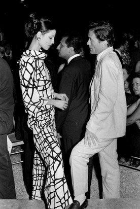 Vittorio La Verde - Pier Paolo Pasolini con Ludina Barzini al Premio Strega. Roma, anni '60