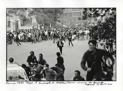Roma, 1977. Dopo il funerale di Walter Rossi ucciso dai fascisti