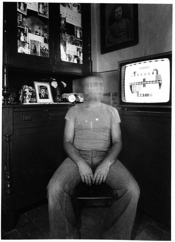 Mario Cresci |'Interni Mossi' (autoritratto) – Barbarano Romano, 1978