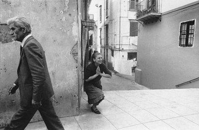 Letizia Battaglia | Palermo, 2 maggio 1982. La donna piange la morte del deputato comunista Pio La Torre, ucciso dalla mafia